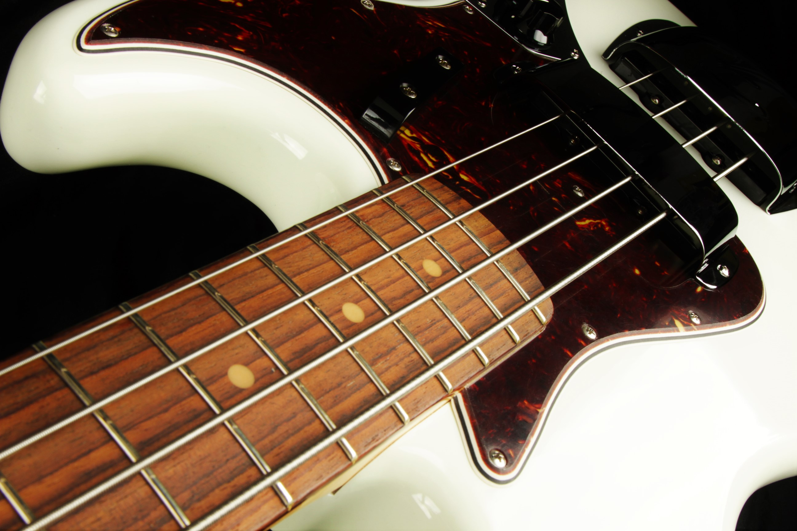 Used Bass Guitars