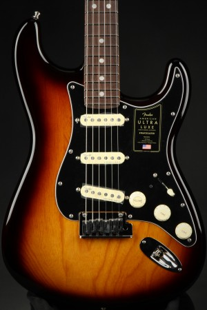 Fender American Ultra Luxe Stratocaster, Rosewood - 2-Color Sunburst