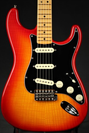 Fender Rarities Flame Ash Top Stratocaster - Plasma Red Burst/B Stock